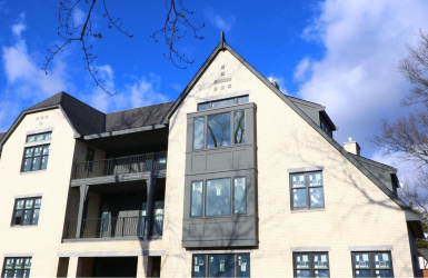 3818 Miami Road, Mariemont, OH 45227, 2 Bedrooms Bedrooms, ,2 BathroomsBathrooms,Condo/Townhouse,For Sale,Miami,1556535