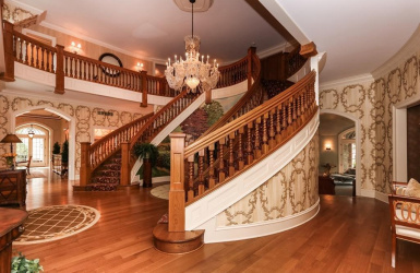 9275 Cunningham Road, Indian Hill, OH 45243, 5 Bedrooms Bedrooms, ,6 BathroomsBathrooms,Home,For Sale,Cunningham,1611962