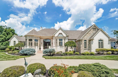 6842 Ross Lane, Mason, OH 45040, 5 Bedrooms Bedrooms, ,4 BathroomsBathrooms,Home,For Sale,Ross,1606384