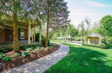 6655 Alberly Lane, Indian Hill, OH 45243, 6 Bedrooms Bedrooms, ,6 BathroomsBathrooms,Home,For Sale,Alberly,1622222