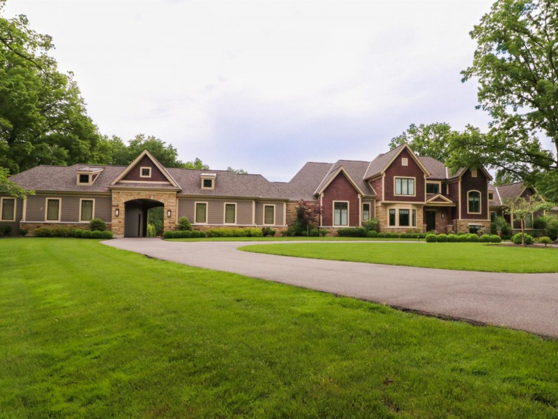 7180 Given Road, Indian Hill, OH 45243, 6 Bedrooms Bedrooms, ,7 BathroomsBathrooms,Home,For Sale,Given,1624450