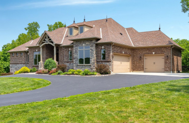 566 Four Mile Road, Anderson Twp, OH 45230, 4 Bedrooms Bedrooms, ,4 BathroomsBathrooms,Home,For Sale,Four Mile,1624951