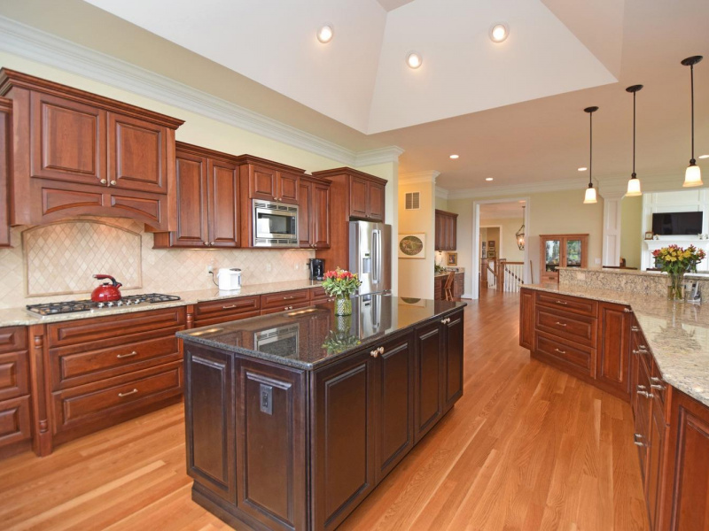 7935 Ayers Road, Anderson Twp, OH 45255, 4 Bedrooms Bedrooms, ,4 BathroomsBathrooms,Home,For Sale,Ayers,1626639