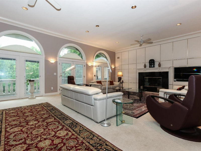 11 Camargo Pines Lane, Indian Hill, OH 45243, 6 Bedrooms Bedrooms, ,6 BathroomsBathrooms,Home,For Sale,Camargo Pines,1626947