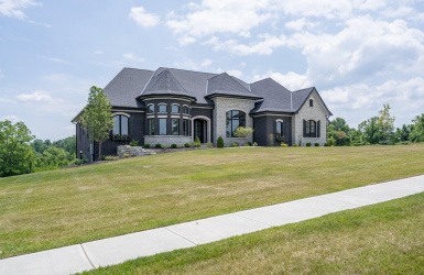 218 Coldstream Club Drive, Anderson Twp, OH 45244, 4 Bedrooms Bedrooms, ,3 BathroomsBathrooms,Home,For Sale,Coldstream Club,1629762