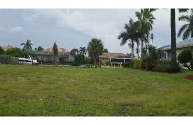920 IVORY, MARCO ISLAND, FL 34145, ,For Sale,IVORY,2191926